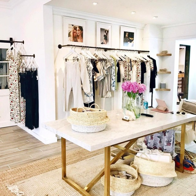 Decor goals x 100000 at stonecoldfox on Abbot Kinney