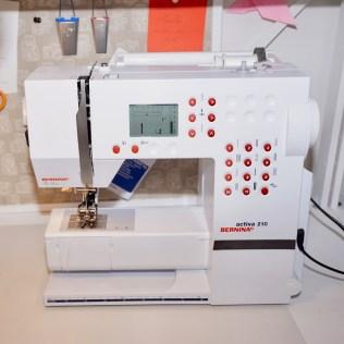 My sewing machine: Bernina activa 210