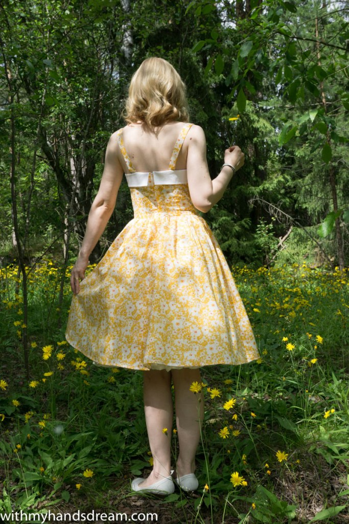 Sew Over It Rosie dress, sewn by me using Liberty cotton tana lawn, back view.