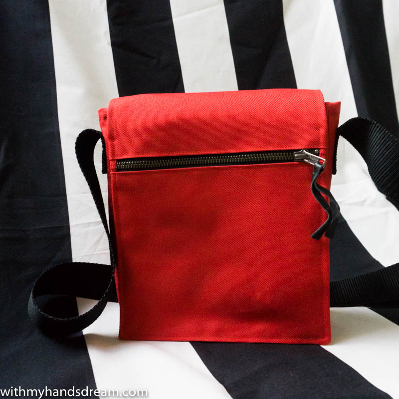 Image: Red bag made with my own pattern