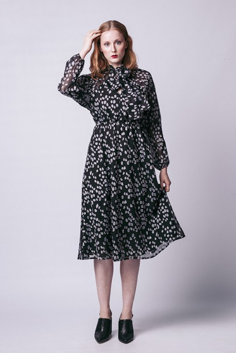 Image: Stella raglan shirt and a dress by Named clothing