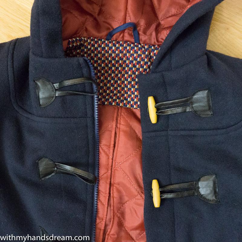 Ottobre design 06-2012 40. Klassikko duffle coat detail.