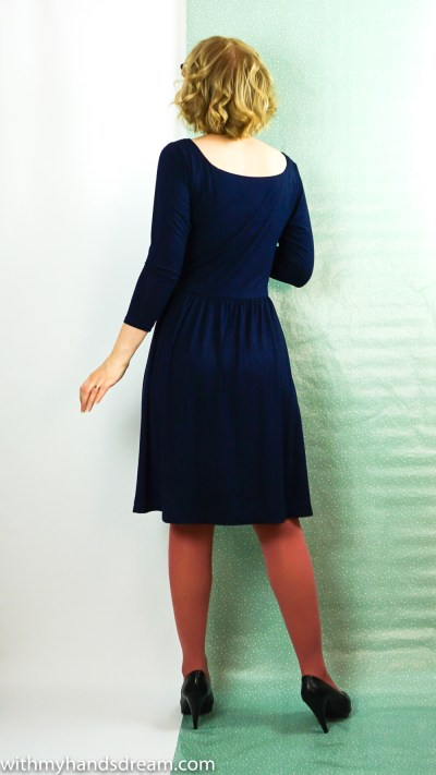 Moneta dress by Colette patterns, back view.