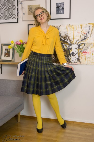 The yellow Simplicity 1587 blouse hack.