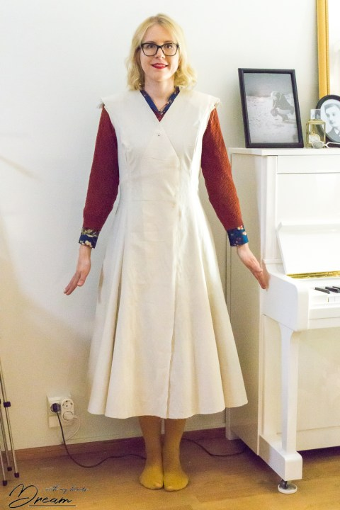V8346 wool coat toile from the front.