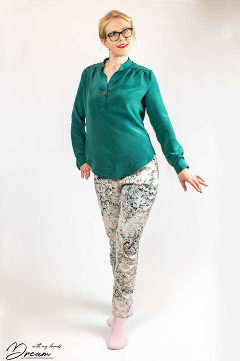 The finished silk Diana blouse by In-house patterns.
