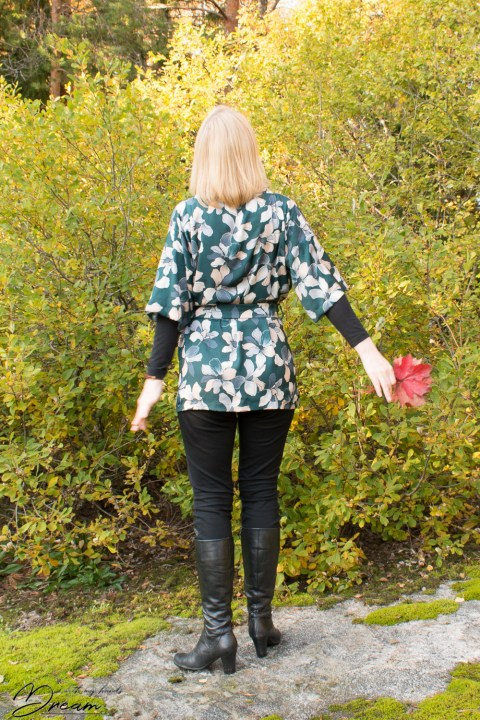 Sew Over It Kimono dressing gown from the back.
