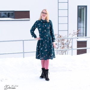 Named Saraste dress from Breaking the pattern book.