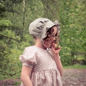 Empire or Regency bonnet