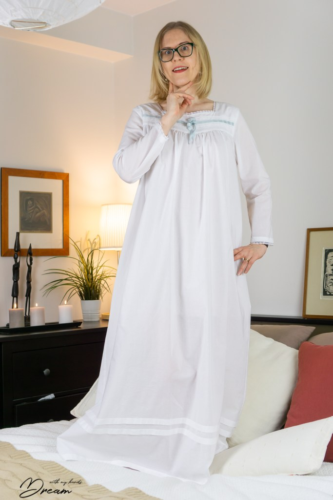 My Butterick B6838 nightgown, the front view.