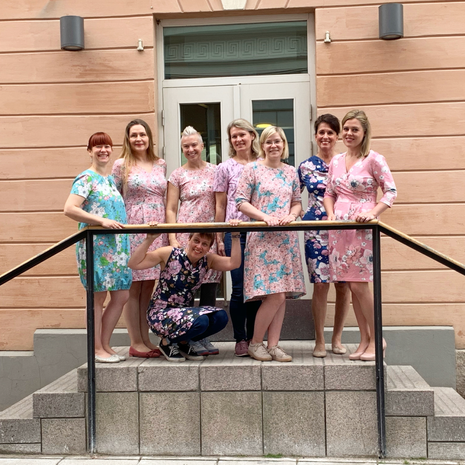 Most of the models in Nuppuzine were present for the group photo wearing their dresses.