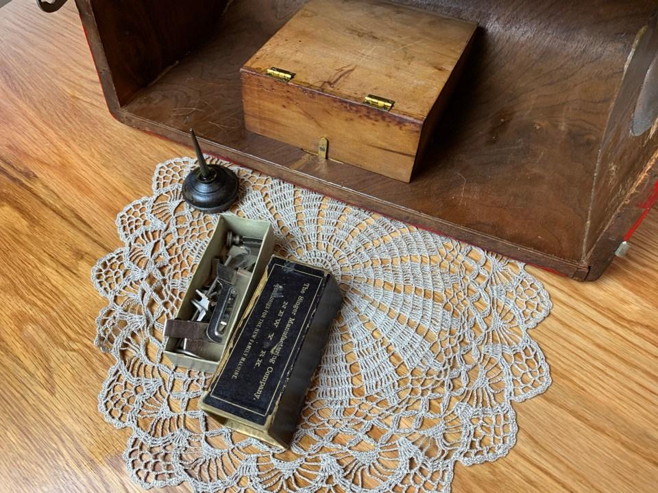 Singer 12 bentwood case storage.