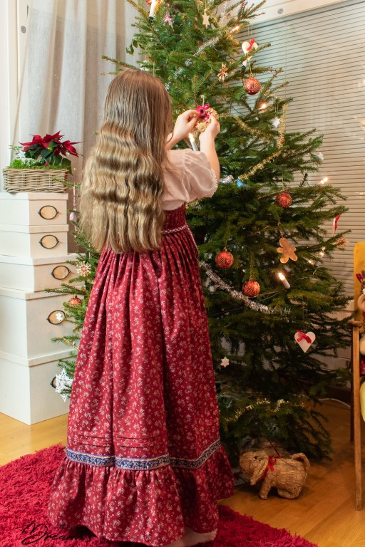 My daughter's Karelian dress from the back.