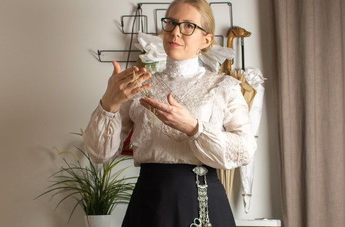 A guimpe and a blouse