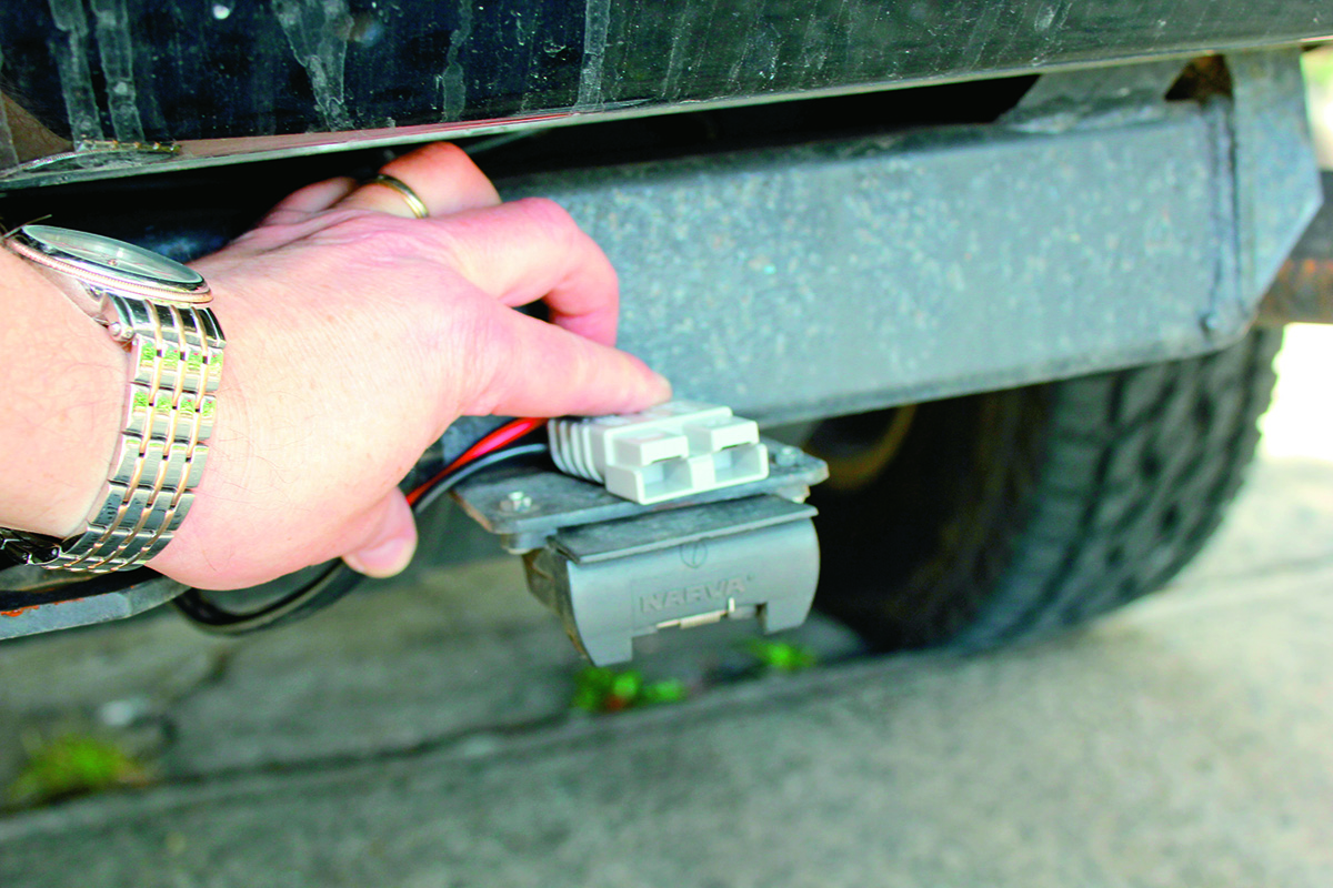 land rover discovery 4 trailer plug wiring diagram exploded axon how to fit an anderson without a hitch step 8