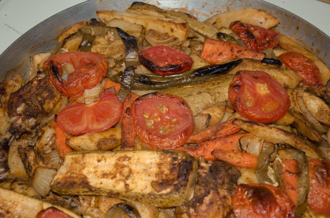 seneyah-jordanian-food