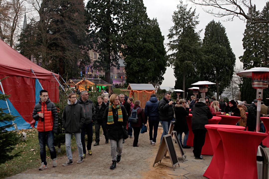 siebengebirge-drachen-schloss-christmas-market