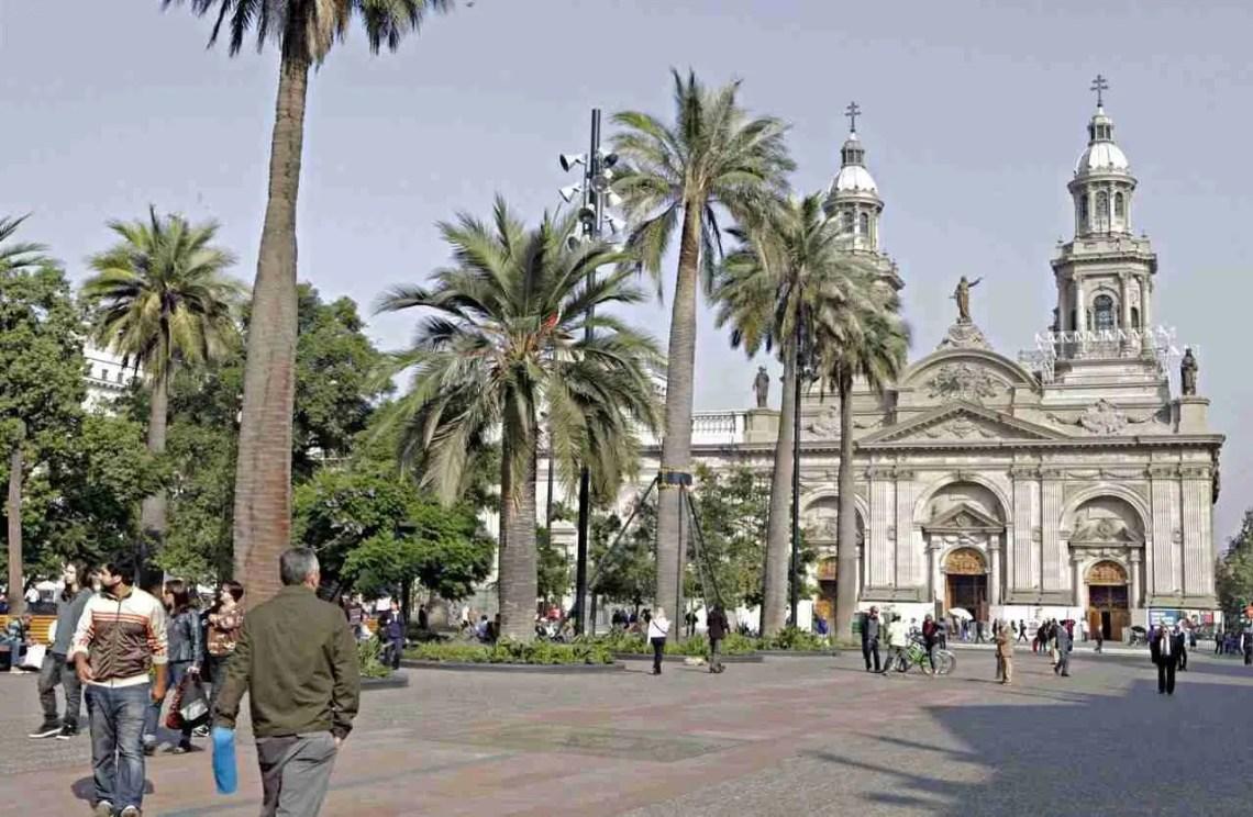 Catedral-de-Santiago-Chile