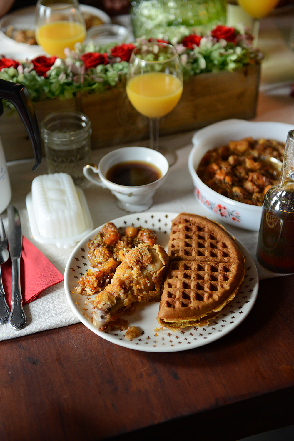 Fried Chicken & Butternut Squash Spelt Waffles for Brunch // www.WithTheGrains.com