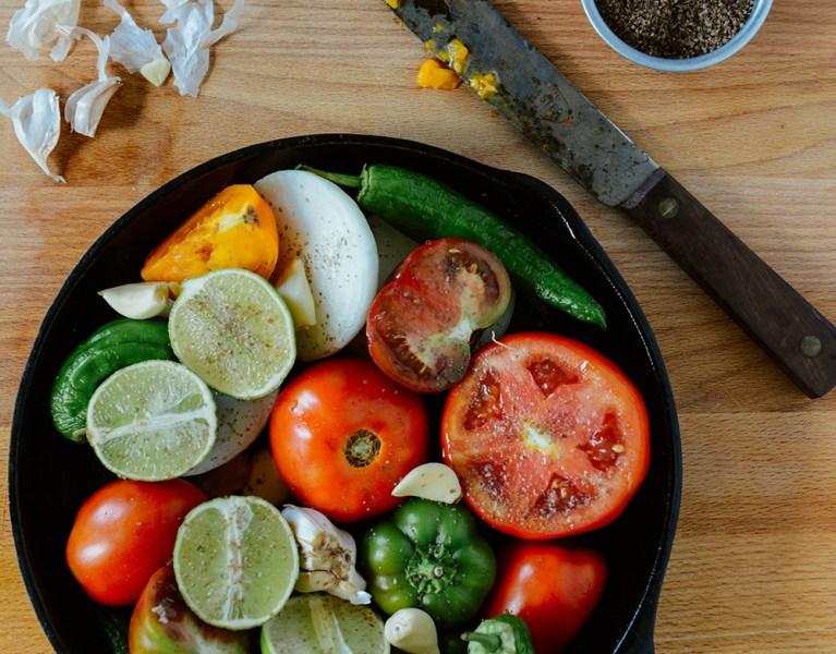 Roasted & Raw Summer Salsa with Farm Fresh Ingredients