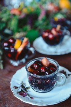 94-Mulled-Wine-and-a-Holiday-Spread-by-With-The-Grains-07