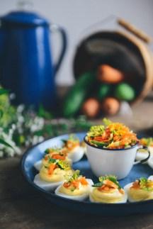 Bánh Mì Deviled Eggs // www.WithTheGrains.com