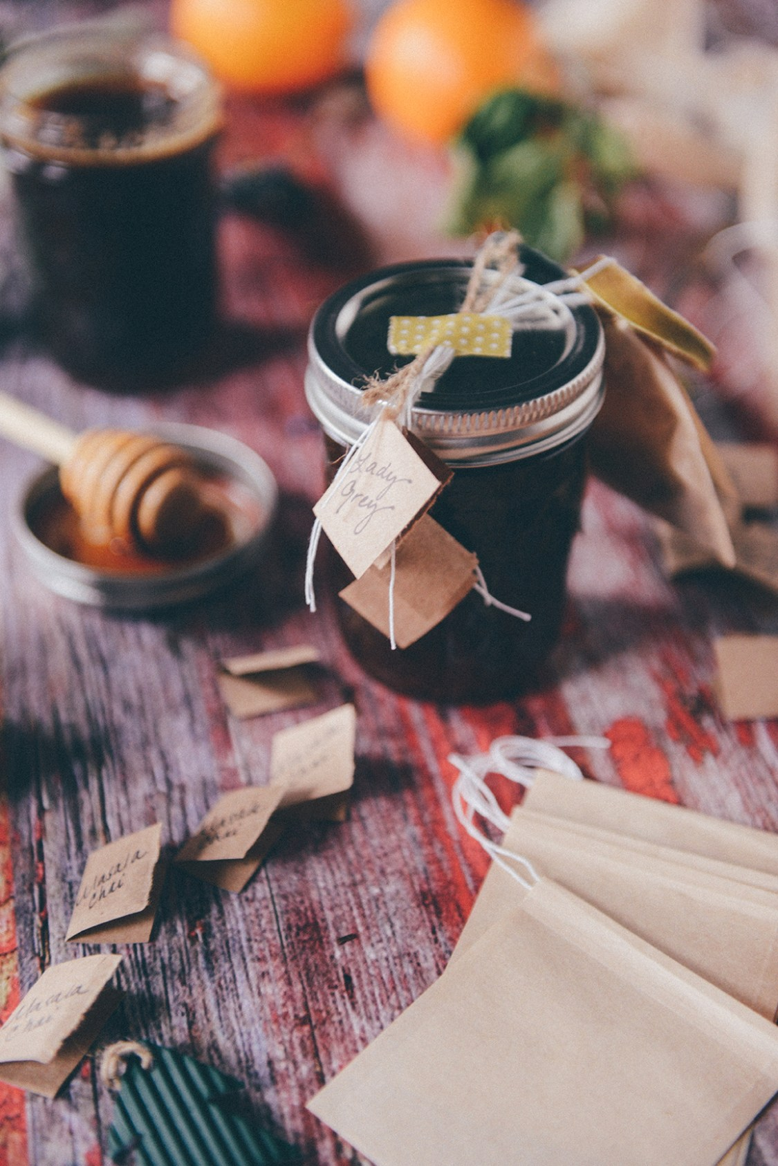 Edible Gift Idea: Local Honey & Winter Tea Sets // www.WithTheGrains.com