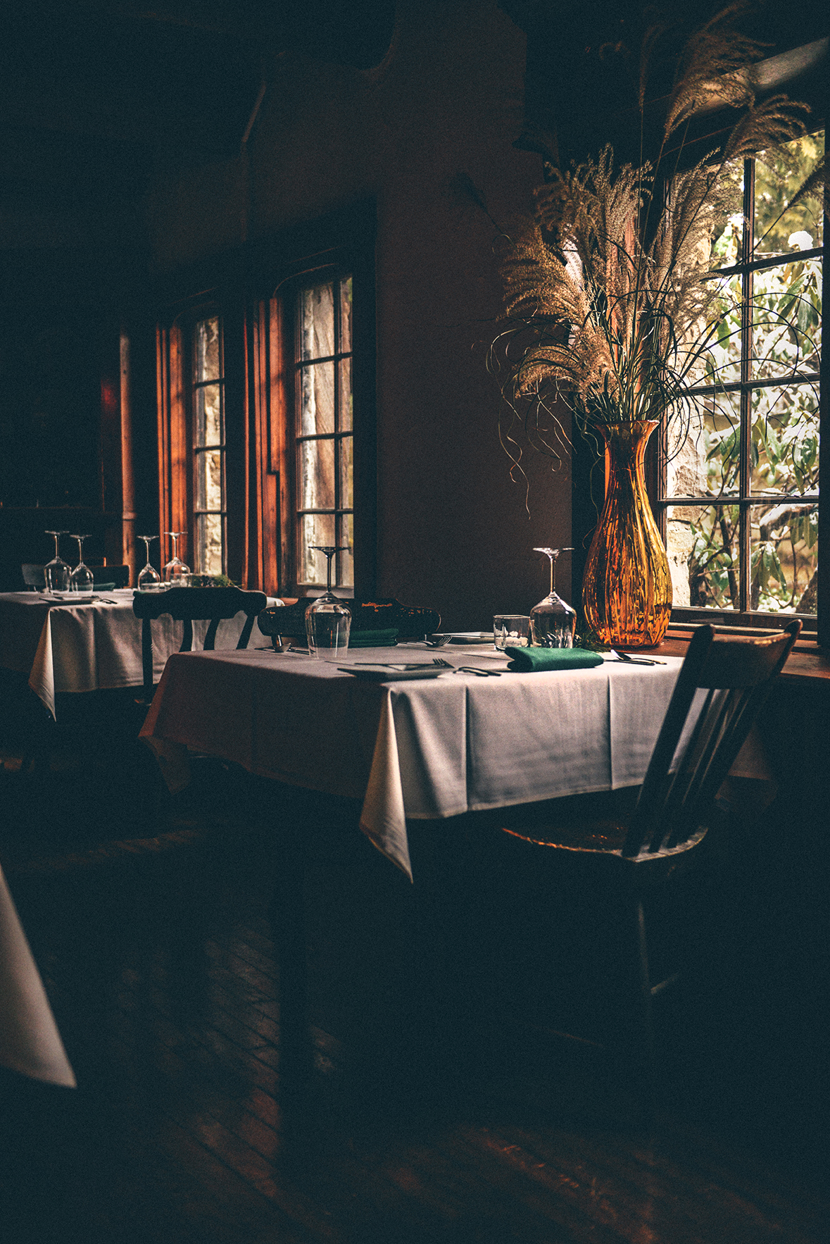 Green Gables Restaurant & Huddleson Court in Jennerstown, PA // www.WithTheGrains.com