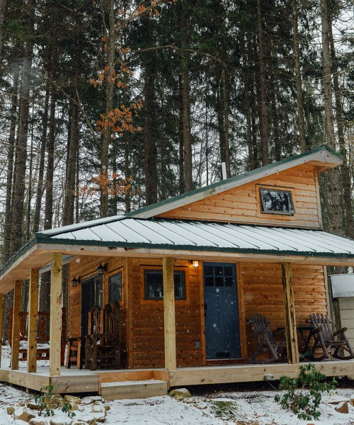 Blue Moon Rising: A Sustainable Getaway with Tiny Houses // www.WithTheGrains.com