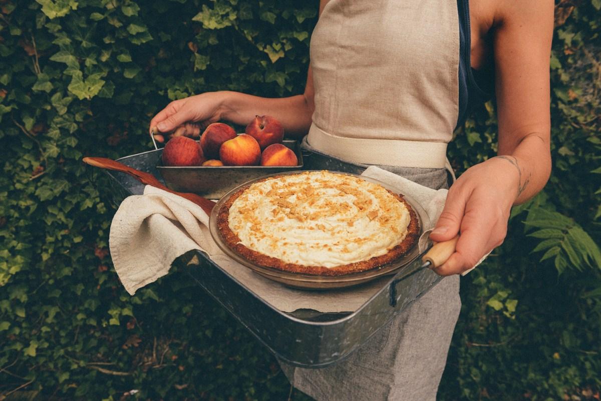 Frozen Peach Tart (Gluten & Sugar Free) // www.WithTheGrains.com