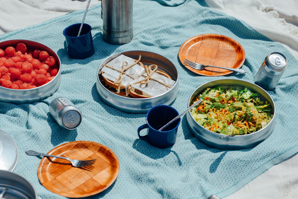 Beach Picnic // www.WithTheGrains.com