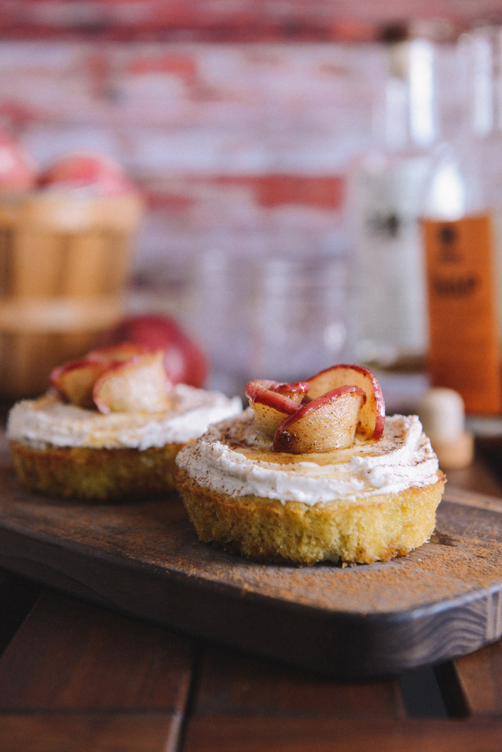 Apple Cake Combinations To Enjoy This Fall // www.WithTheGrains.com