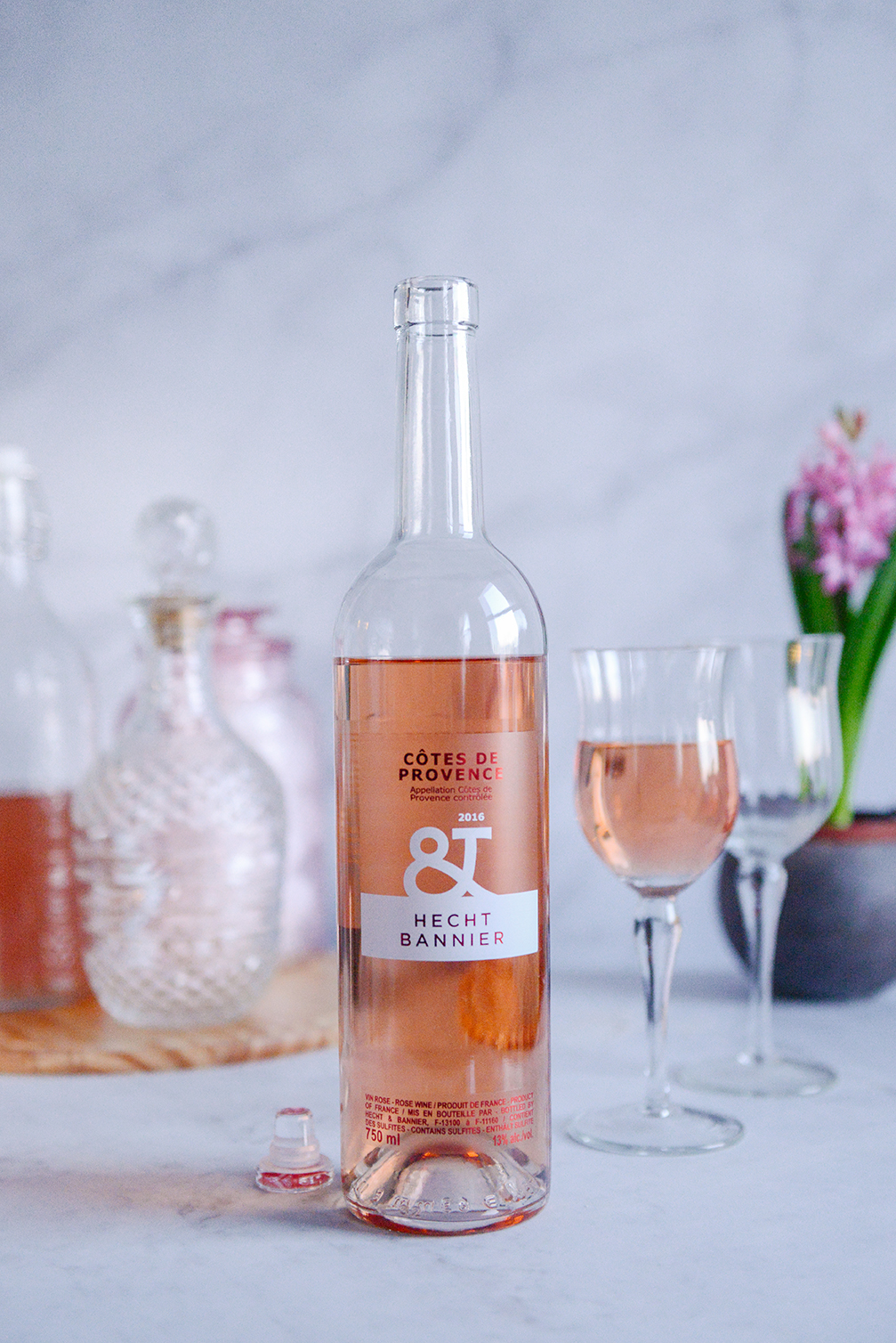 Côtes de Provence: Cheers to the Weekend // www.WithTheGrains.com
