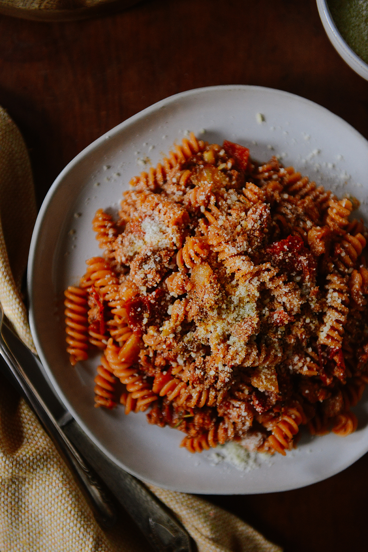 Waste Less: Ripened Tomato Pasta // www.WithTheGrains.com