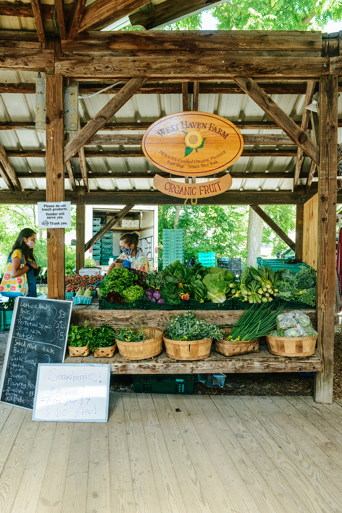 The Ithaca Farmer's Market // www.WithTheGrains.com