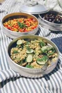Lemon Dill Chickpea Salad for a Vegan Beach Picnic // www.WithTheGrains.com