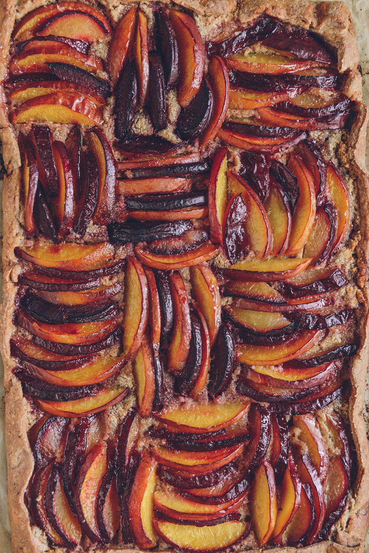 Gluten-Free Frangipane Tart with Plums & Nectarines // www.WithTheGrains.com