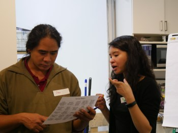 WITNESS Senior Archivist Yvonne Ng chats with a training participant.