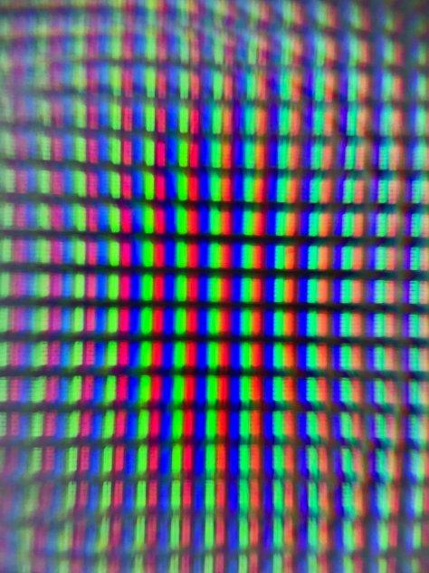 สีขาวบนทีวีจอแบน