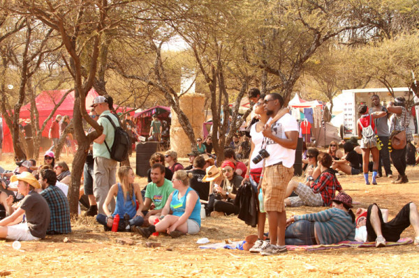 BAKING: Fans braving the sun to watch a show. Photo: Pheladi Sethusa