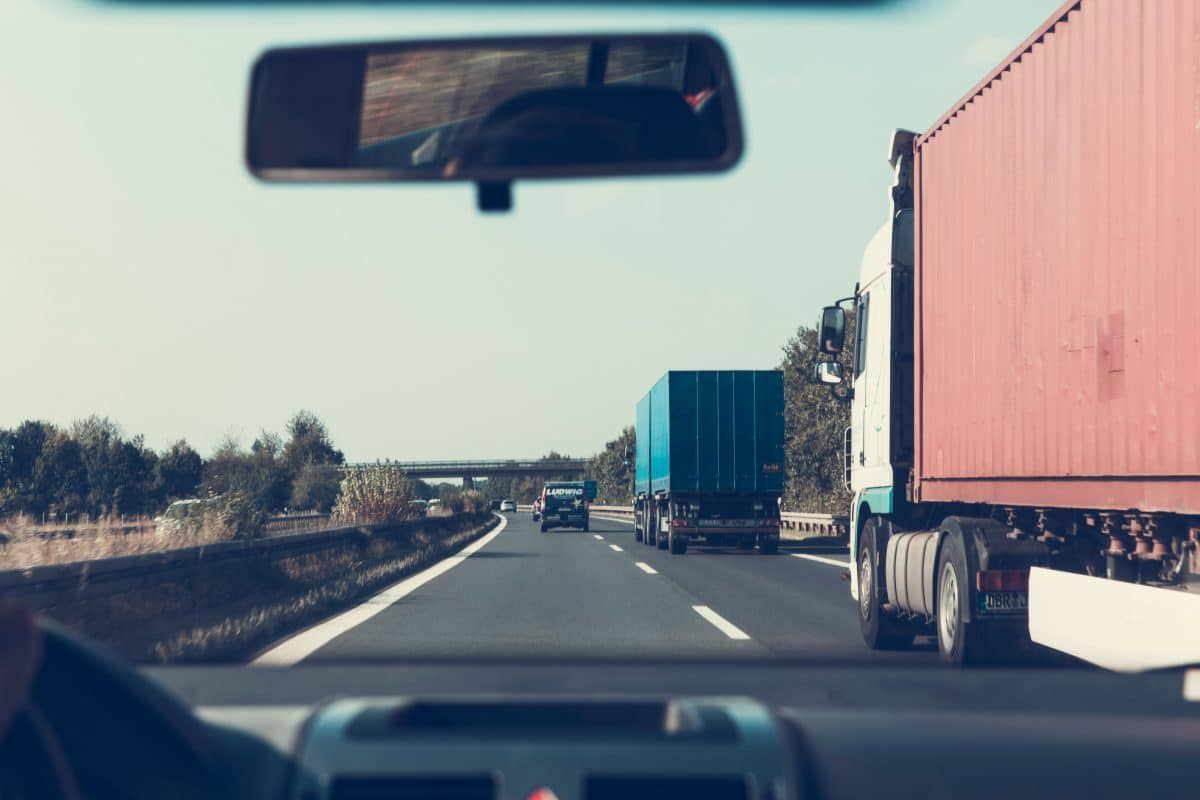 When Do You Need an Experienced NYC Truck Accident Lawyer?