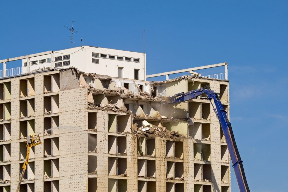 construction accident from falling debris
