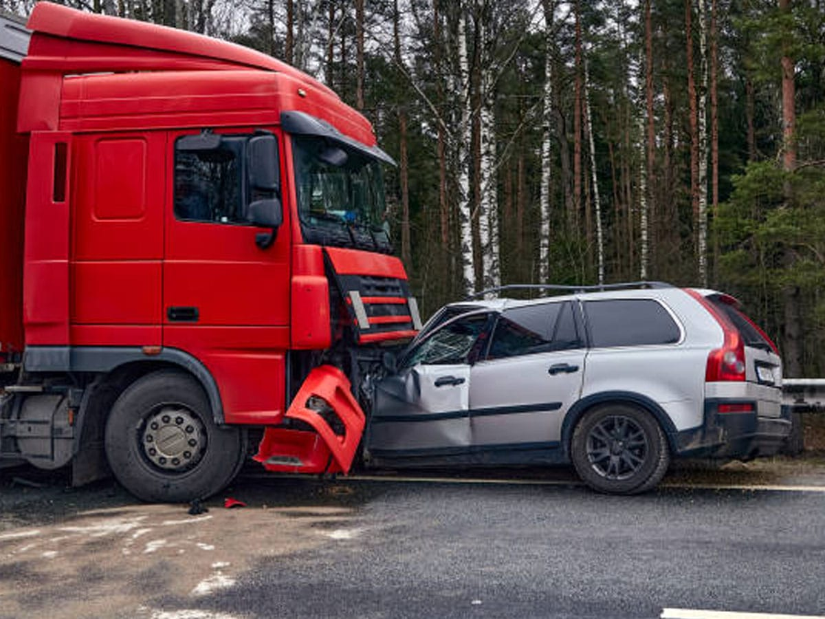 Why You Need A Creative Truck Accident Lawyer