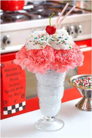 Cool ideas for summer wedding - Witty Vows- indian summer wedding decor ideas-outdoor wedding-day wedding-ice cream decor- decor ideas