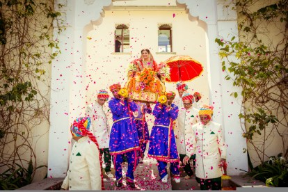 Innovative entry ideas for the Indian Bride | Curated by Witty vOWs