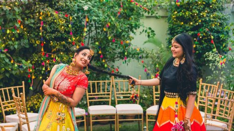 Bride and her braid for the Indian Bride | Imaeg Source - Dream Diaries | Curated by Witty Vows