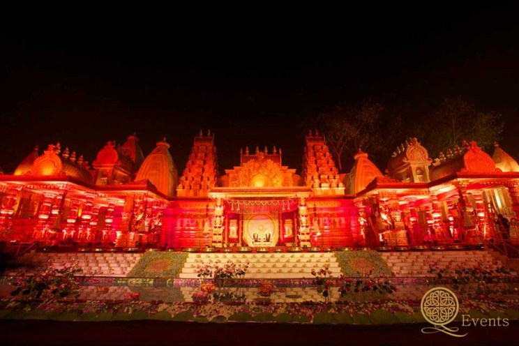 Benaras theme wedding event by Geeta Samuel at Q events | Trends in Wedding decor and design for Indian weddings | An interview with geeta samuels by Witty Vows