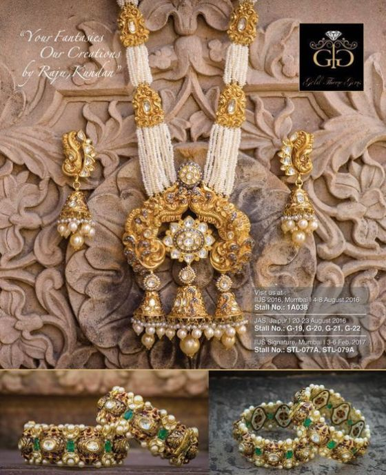 indian bride| traditional Indian jewellery| indian wedding jewellery| wed me good| indian weddings| indian brides | nath | mathapathi| polki necklace| delhi bride | bridal look| Indian Bridal Jewellery | Polki Ring | chandbala earrings | Gold and Polki set| Mumbai