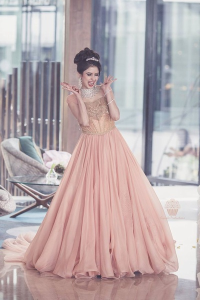 Samridhi in Blush Pink Shantanu & Nikhil Gown| Fall Winter Collecton 2016| Bridal wear | Reception gown| indian gown | cocktail gown | ballroom goown | indian designer| luxury designer| indian wedding| indian bride