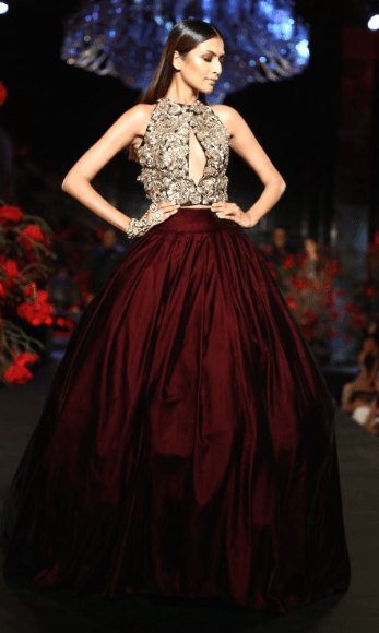 Reception Gowns for Indian Brides - Manish Malhotra Ox Blood Skirt| Reception Gown | Burgundy | Deep Red | Bridal Collection 2016| Cocktail Gown | Indian Brides | Indian wedding | Bridal wear | Indian wear | Indian Embroidery